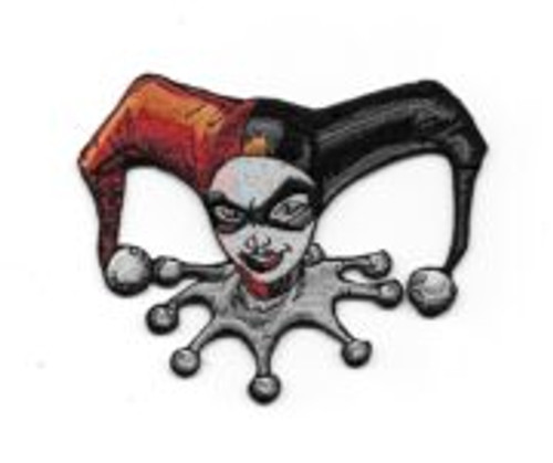 Batman Harley Quinn Face Head Embroidered Die Cut Patch This is a comic art rendition of the face/head of Harley Quinn, a DC bombshell super villainess from the DC Comics universe and a nemesis of Batman. This is not an easy patch to find, and is embroidered, 4″ wide and is in mint unused condition.