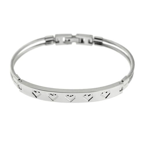Etched-Heart-Bracelet-fold-over-clasp