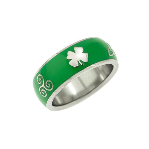 Green-enamel-shamrock-trinity-knot-ring
