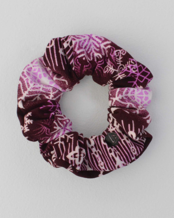 Carnevale Cranberry  Scrunchie