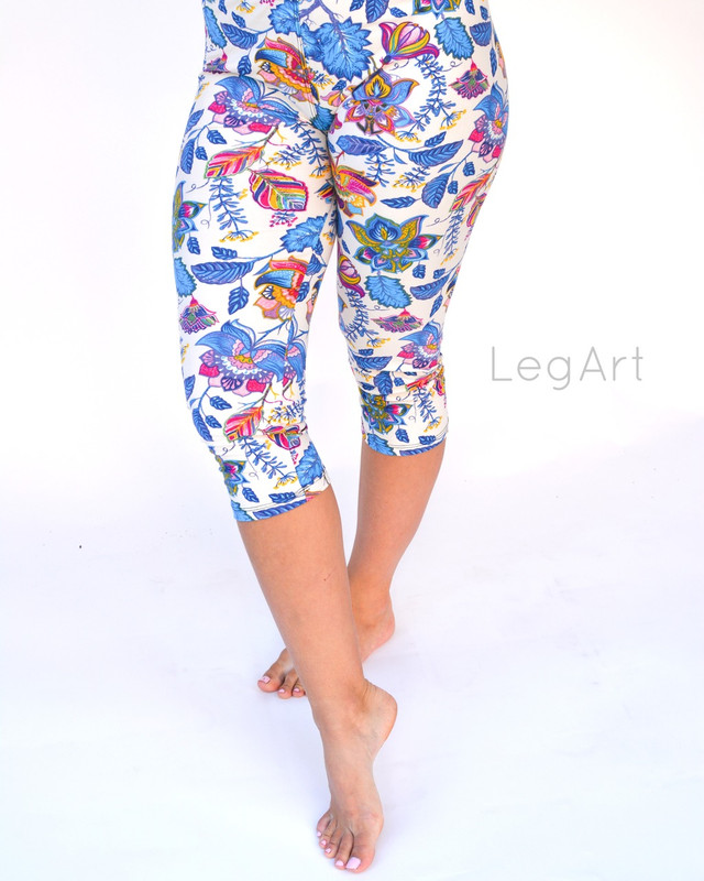 Miracle Garden Capri Leggings