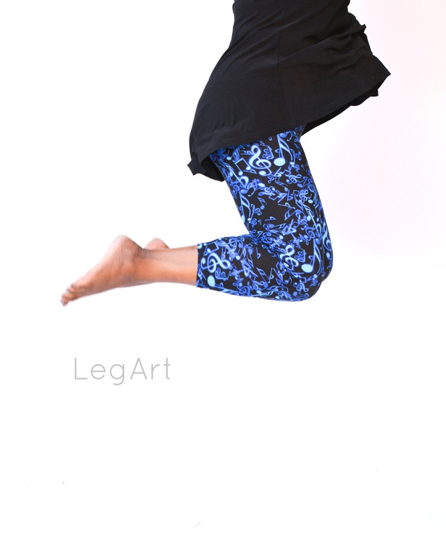 Blue Tunes Capri Leggings