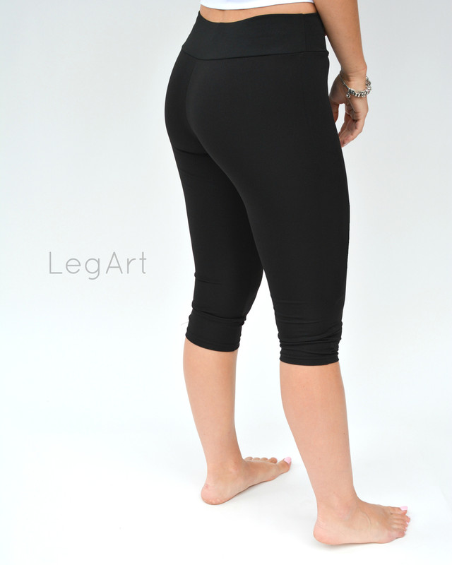 Solid Black Yoga Capri Leggings