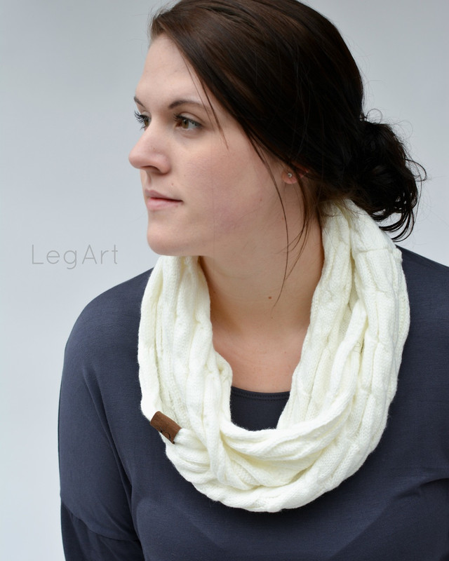 Classic Knit Scarf Off-White