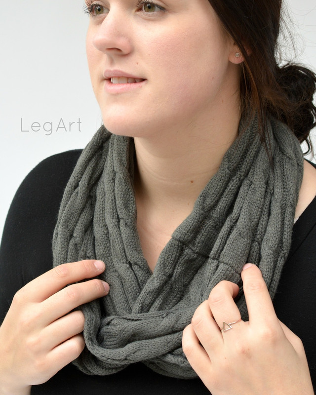 Classic Knit Scarf Charcoal