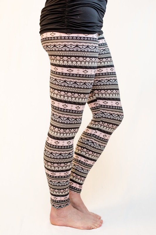 A pretty Fair Isle print in soft pinks, greys and blacks. This pattern looks amazing year roundÌÎå«ÌÎå´ÌÎå«ÌÎÌÒÌÎå«ÌÎå´__ÌÎå«ÌÎå´ÌÎå«ÌÎÌÒÌÎå«ÌÎå´__.  A tank, T, parka or jean jacket - it all works here! Soft feel and look means you can't go wrong.