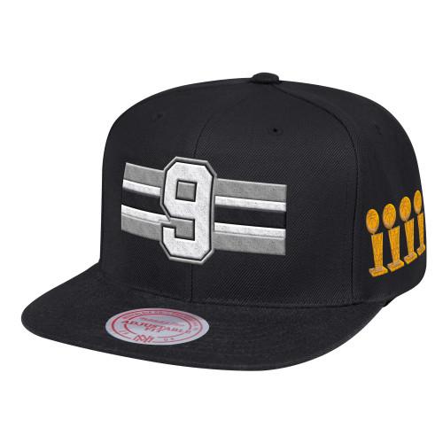 San Antonio Spurs Men's Mitchell and Ness Tony Parker Trophy Snap Back Hat