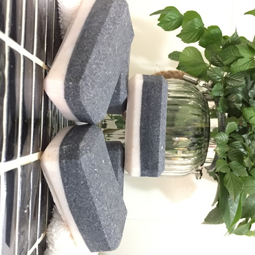 Salt Bar with Activated Charcoal & Peppermint