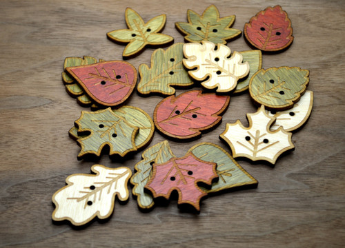 10 Leaf shaped buttons - Fall buttons, buttons for knitted hats, crochet buttons