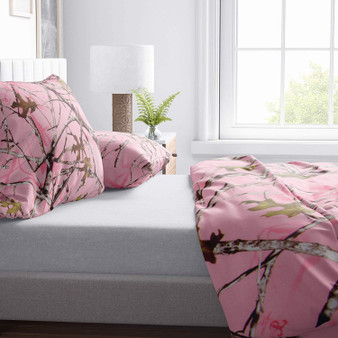 """Camo Baby Pink Full/Queen Duvet Cover (Camouflage Print) 87x91"""""""