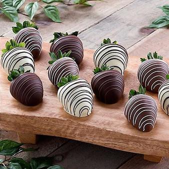 Chocolate Dipped Strawberries: Dozen