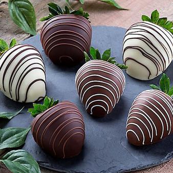 Chocolate Dipped Strawberries: Half Dozen