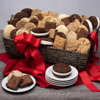 Baked Goods Deluxe Gourmet Gift Basket - Kosher