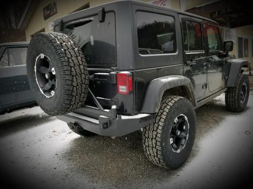 Jeep Wrangler (JK) Rear Bumper | Tire Carrier