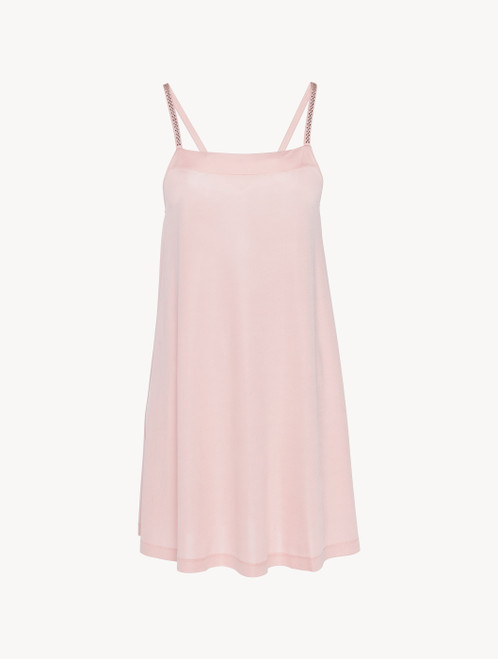 Dress in rose pink