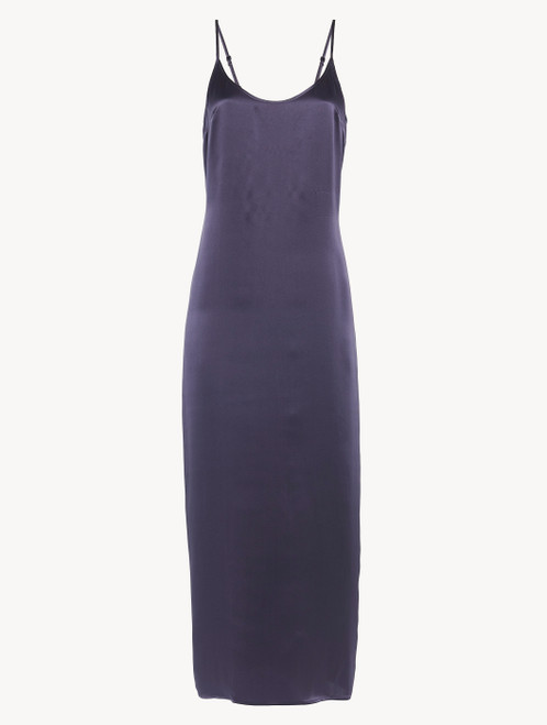 Nightdress in violet