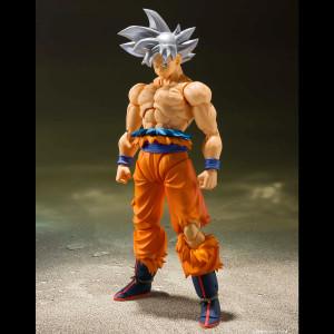 Dragon Ball Super - Ultra Instinct Son Goku (S.H. FiguArts Ver.)