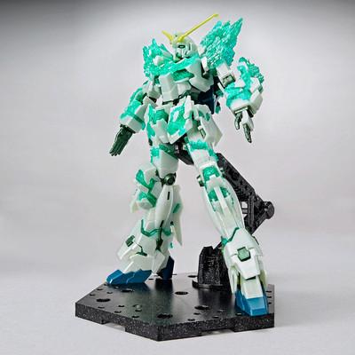 Unicorn Gundam (Luminous Crystal Body) (Gundam Base Limited)