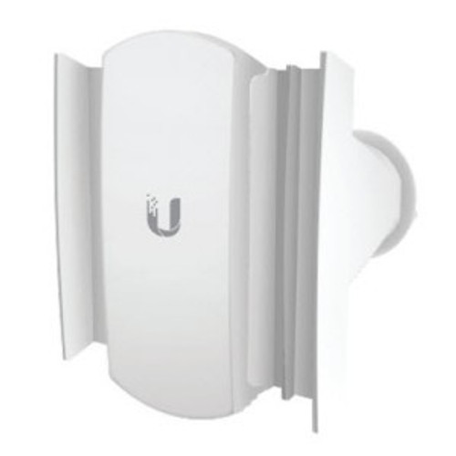 PrismAP Ubiquiti PrismAP-5-60 Isolation horn antenna sectors designed for increased co‑location performance without sacrificing gain.