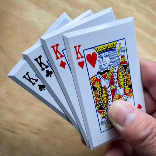 4PC KINGS Throwing Cards