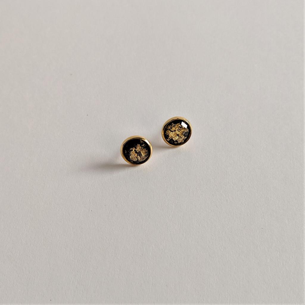 Faceted Resin Studs / Gold Leaf + Black