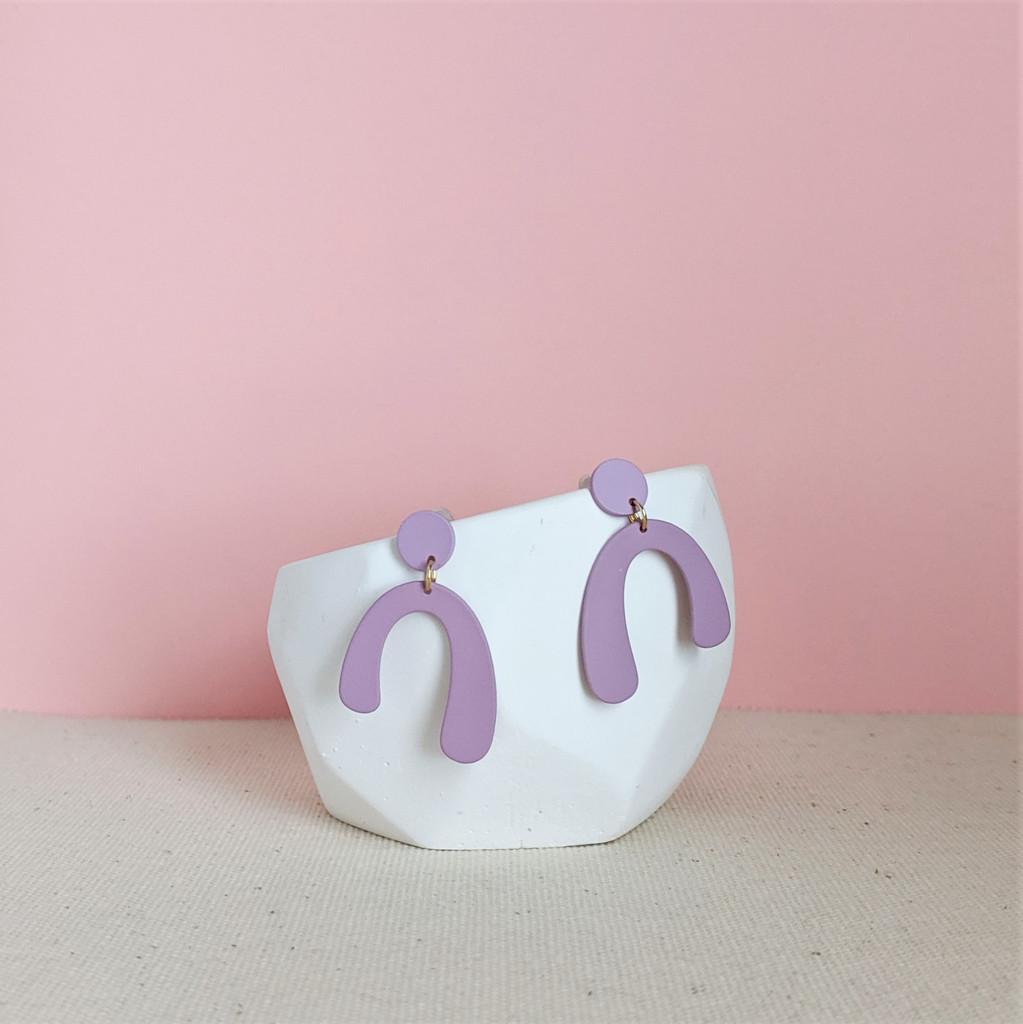 Mini Arch Earrings / Lush Lavender