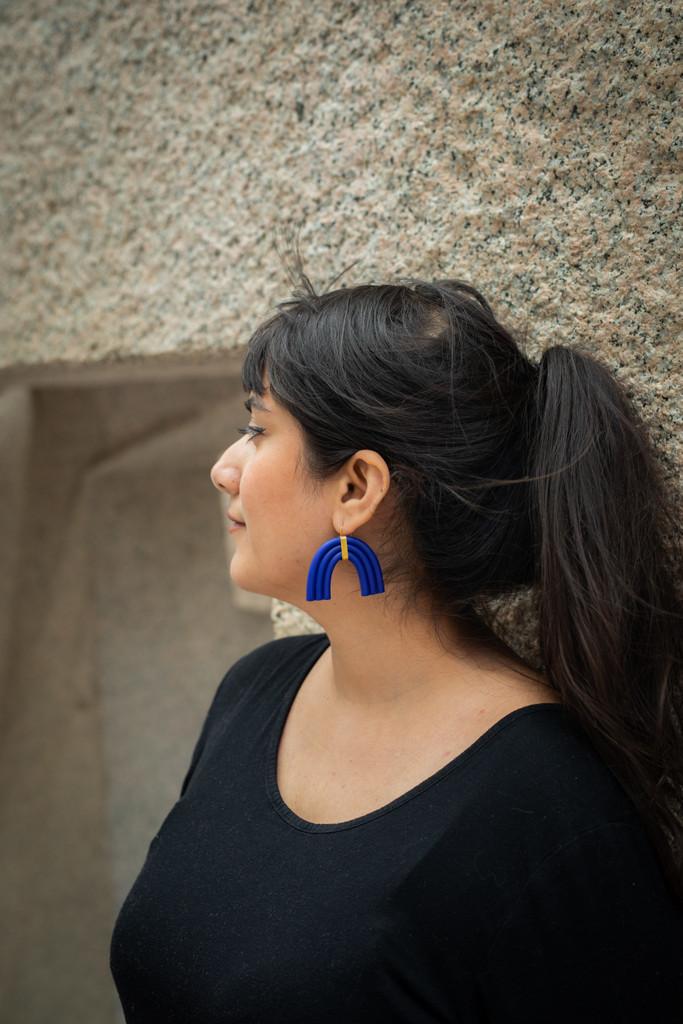 The Maia Clay Arch Earrings - Ultramarine Blue