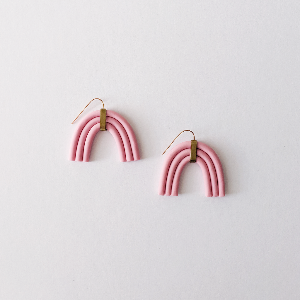 The Maia Clay Arch Earrings - Peony Pink