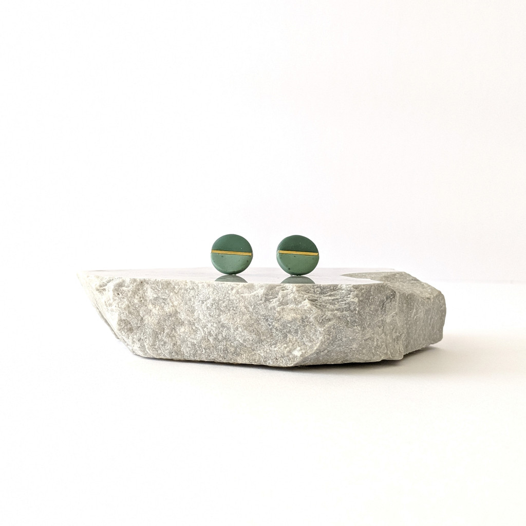 The Helen Circular Clay Stud Earrings - Sage Green + Speckle