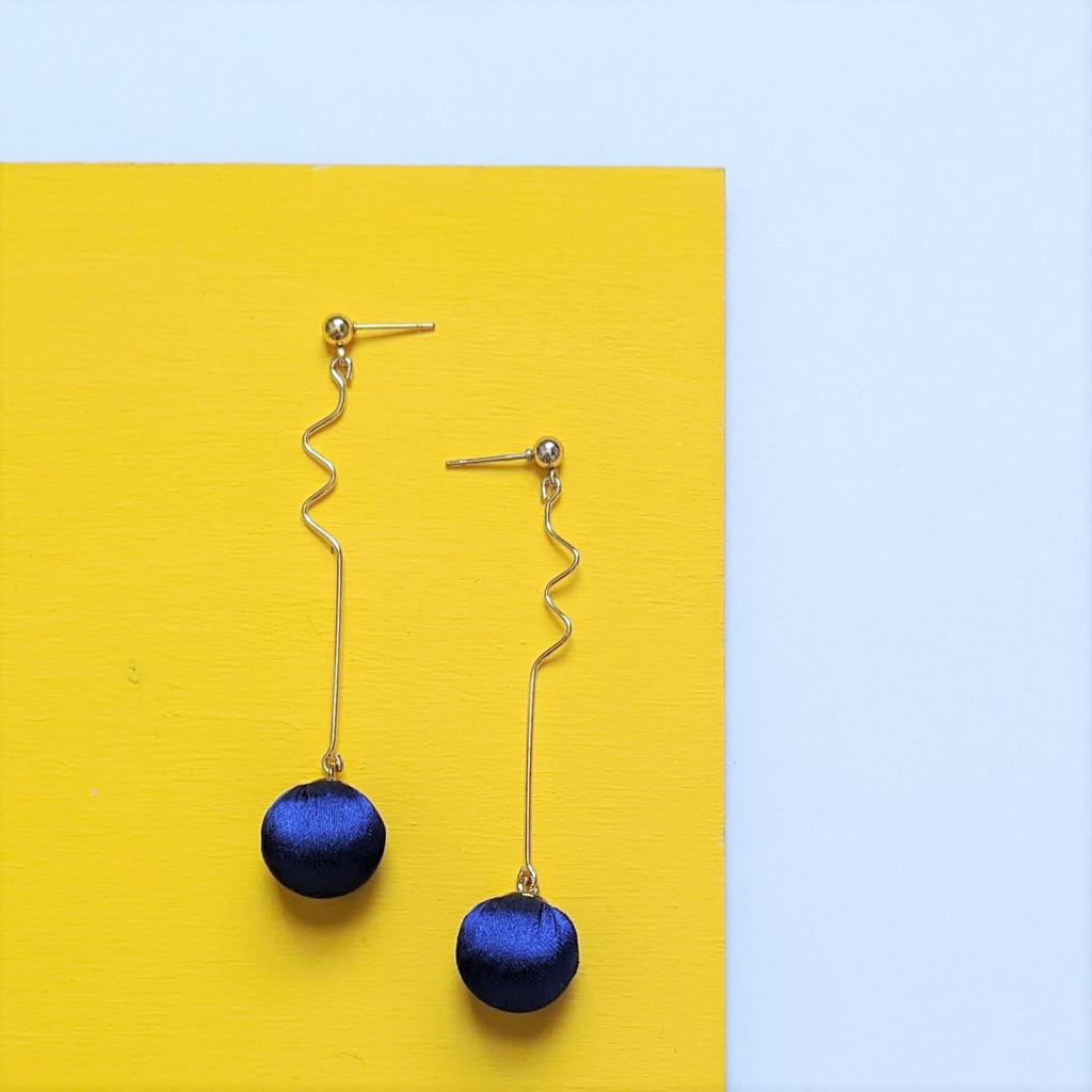 Wavy Trail Zig Zag Earrings - Royal Blue