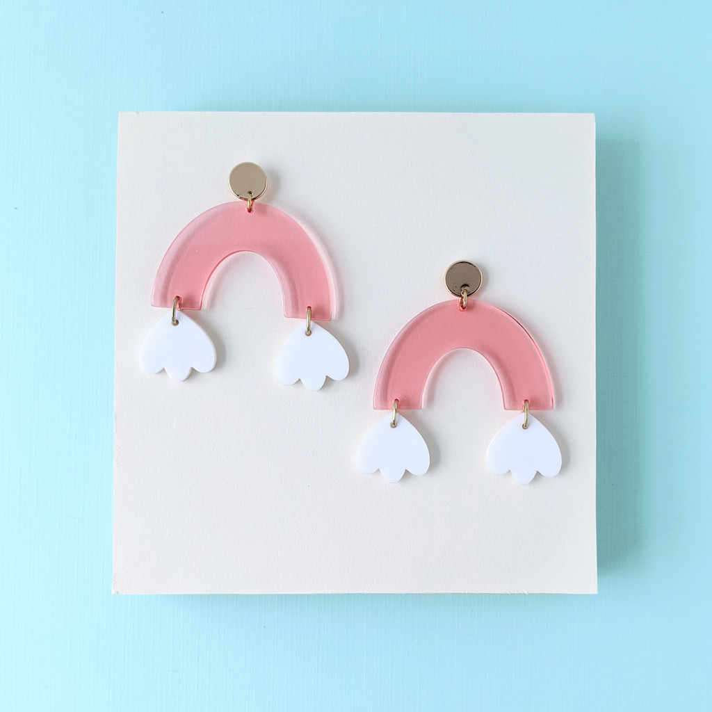 Take the Leap Arch Earrings / Pink