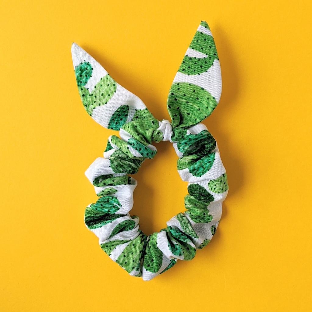 Cactus scrunchie