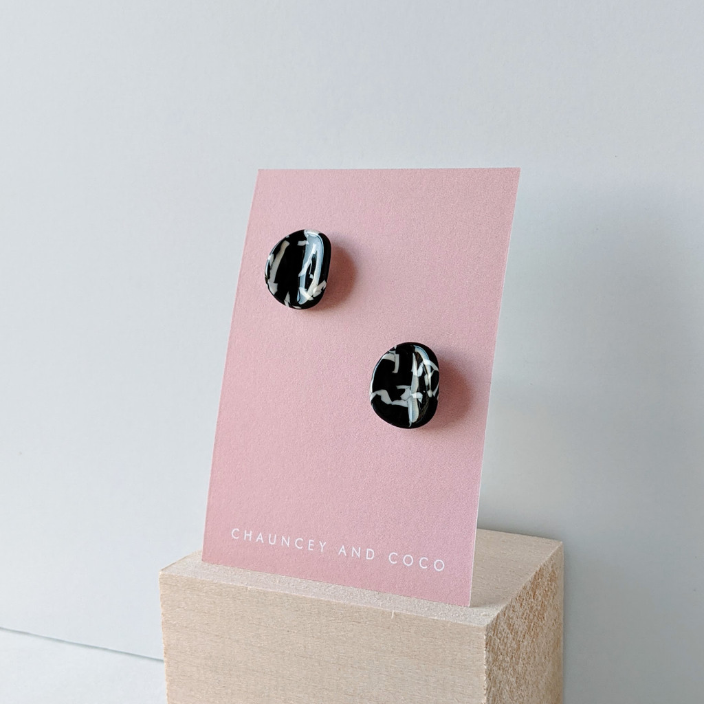 Fracture black + white acrylic studs