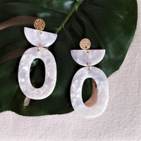 Acrylic Stacked Oval Earrings- White