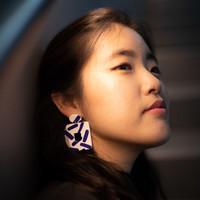 The Thalia Clay Earrings - White and Blue