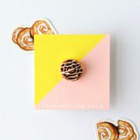 Cinnamon Roll Pin
