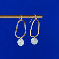 Wavelength organic shape drop earrings /  White