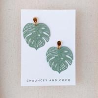 Monstera Leaf line earrings / sage green