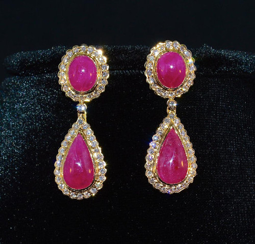 Certified Natural 26.32CTS VS G Diamond Ruby 750 18K Solid Gold Dangle Earrings