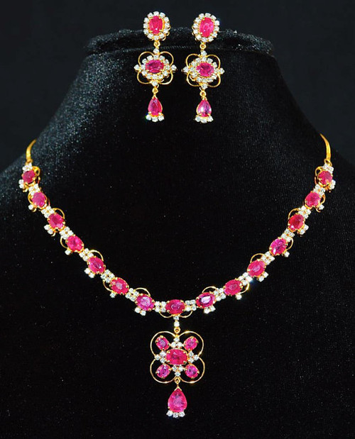 Certified Natural 29.3CTS VS G Diamond Ruby 18K Solid Gold Necklace Earrings Set