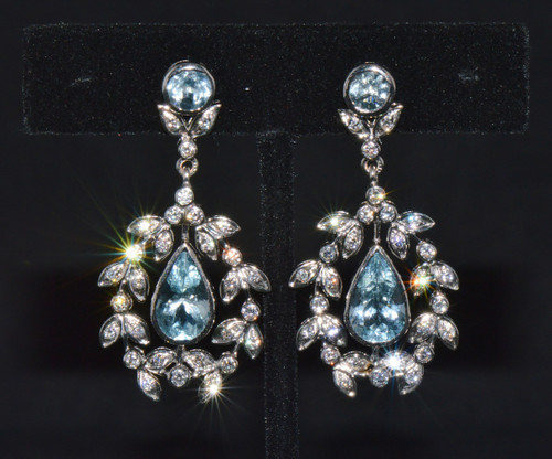 Certified Natural 7.23Cts VS F Diamond Aquamarine 18K 750 Solid Gold Chandelier Earrings