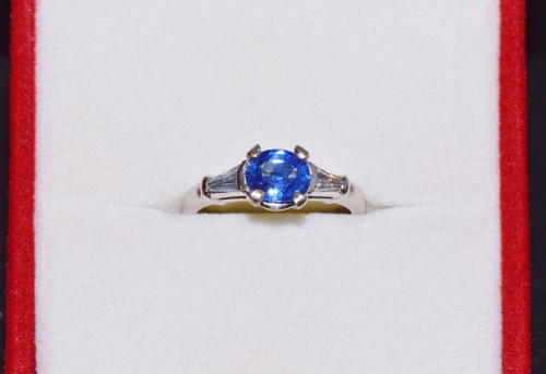 Certified Natural 1.1CTS VS G Diamond Sapphire Solid Platinum Three Stone Ring