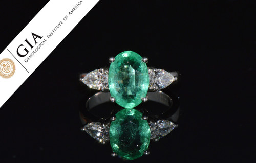 GIA Natural 3.21Cts Colombian Emerald VS Diamond Solid Platinum Three Stone Ring