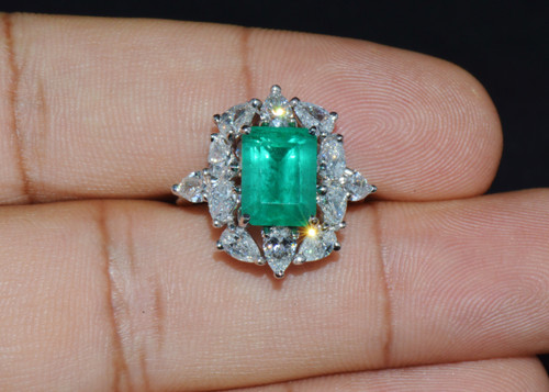 Certified Natural 6.12Cts VS F Diamond Emerald 18K Solid Gold Cocktail Dinner Ring