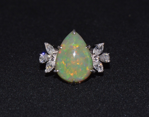 Certified Natural 4.66Cts VS F Diamond Green Opal 18K Solid Gold Cocktail Ring