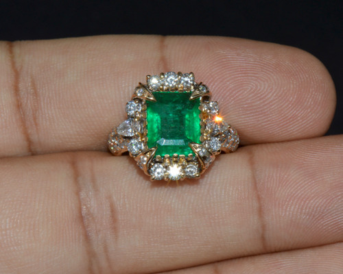 Certified Natural 4.79CTS VS F Diamond Emerald 18K Solid Gold Ring