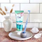 SUNSTAR Ora2 Whitening Stain Clear Toothpaste  (Floral White Tea))     Ora2 淨白無瑕牙膏 (白茶花香味)125g