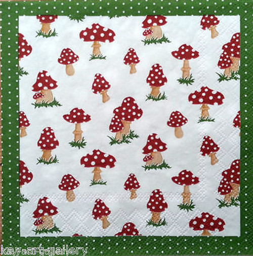 4 Vintage Paper Napkins , Lunch, Table , for Decoupage -Toadstool