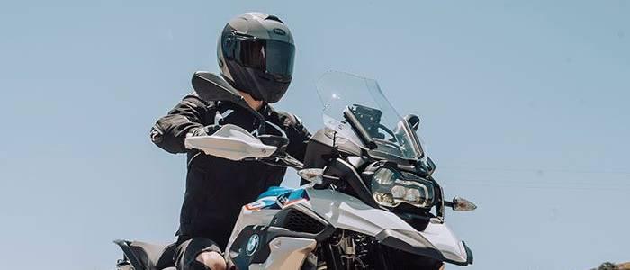 bell-srt-modular-street-full-face-motorcycle-helmet-details-700x700.jpg