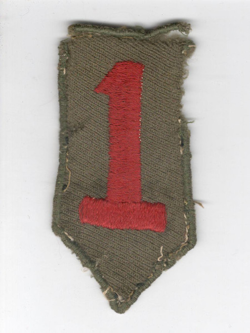"""3-1/2"""" WW 1 US Army 1st Division Patch Inv# Q417"""